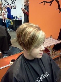stacked bob with cute highlights and redlights