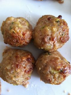 (ricetta light with these Dukan meatballs, you will even forget you are on a diet and, above all, you will be able to eat them at will without feeling guilty! Meat Recipes, Cooking Recipes, Healthy Recipes, Food Porn, Food Humor, Calories, Light Recipes, Creative Food, I Foods