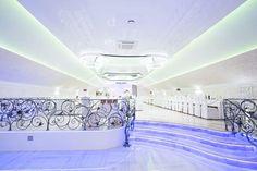 / The wedding hall. Bathtub, Ceiling, Standing Bath, Bathtubs, Ceilings, Bath Tube, Bath Tub, Trey Ceiling, Tub