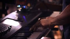 """Snarky Puppy - Lingus From the live DVD """"We Like It Here"""" (available at http://snarkypuppy.ropeadope.com/albu...) Recorded and filmed live (free of overdubs)..."""