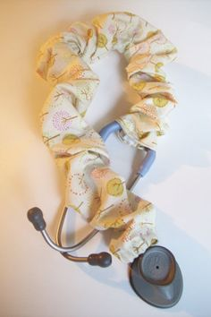 Stethoscope Sock with Button Closure's Instructions Sewing Ideas, Sewing Crafts, Sewing Projects, Sewing Patterns, Sloth Stuff, Stethoscope Cover, Plus Size Patterns, Medical Assistant, Sewing Lessons