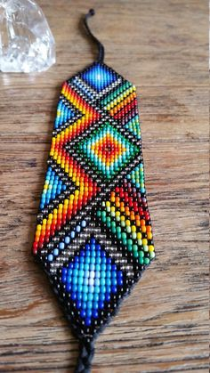 Beaded Earrings Native, Native Beadwork, Native American Beadwork, Bead Loom Patterns, Bracelet Patterns, Beading Patterns, Bead Loom Bracelets, Peyote Beading, Friendship Gifts