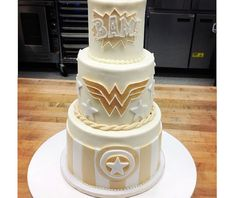 Superhero Wedding Cake Is Beautifully Geeky