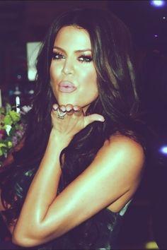 Khloe Kardashian showing her #glam side!