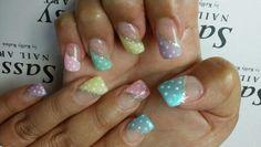 Ester nail art