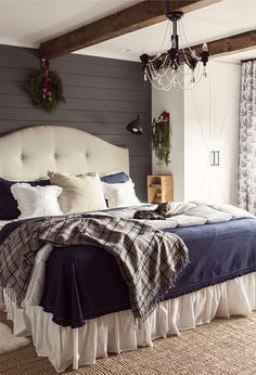 How cozy is this bedroom??