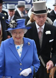 Queen Elizabeth II and Prince Philip, Duke of Edinburgh arrive at The Derby on June 2012 in Epsom, England. For only the second time in its history, the UK celebrates the Diamond Jubilee of a. Get premium, high resolution news photos at Getty Images Elizabeth Philip, Queen Elizabeth Ii, Queen Hat, King Queen, Epsom Derby, Queen 90th Birthday, Queens Jewels, Princess Beatrice, Royals