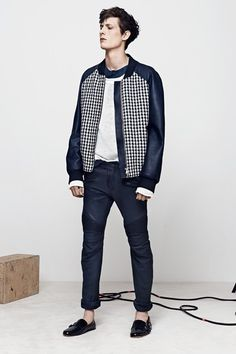 I love when someone makes their look really interesting whit an iconic piece, one example is this sick Balmain houndstooth-leatheryjacket Balmain, menswear