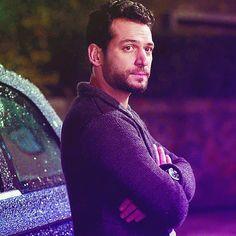 Murat Yıldırım Turkish Actors, Celebrities, Fictional Characters, Tv, Turkish People, Hot Guys, Movies, Celebs, Television Set