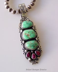 carico lake turquoise with spiny oyster