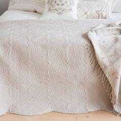 decke mit paisleymuster decken schlafen zara home deutschland. Black Bedroom Furniture Sets. Home Design Ideas