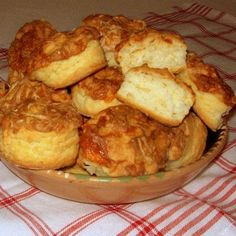Érdekel a receptje? Cookie Recipes, Dessert Recipes, Eastern European Recipes, Savory Pastry, Salty Snacks, Hungarian Recipes, Dessert Drinks, Food For Thought, Bakery