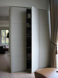 hoge kast Tall Cabinet Storage, Divider, Architecture, Cabinets, Room, Projects, Furniture, Home Decor, Diy