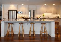 Kitchen, Kitchen Traditional Baseball Bats Beaded Inset Cabinet Storage Ceiling Lighting Cottage Crown Molding Eat In Kitchen Island Kitchen Island Recessedlighting Traditional Under Islan: Some Idea Of The Modern Eat At Kitchen Island To Make Your Kitchen Look Great