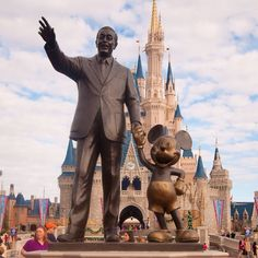 Old Picz | Walt Disney and his creations