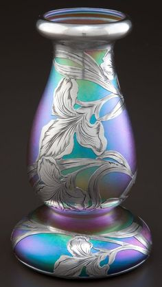 QUEZAL GLASS VASE WITH ALVIN SILVER OVERLAY