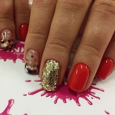 Glitter nails ideas, Gold nail ideas, Metallic gold nail polish, Nails with gold, Nailswith gold sequins, Nailswith golden glitter, New year nails ideas 2017, New Year's nails by a red dress
