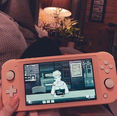 Nintendo Lite, Nintendo Switch Games, Videogames, Kawaii Games, Nintendo Switch Accessories, Computer Set, Video Game Rooms, Gaming Room Setup, Gamer Room