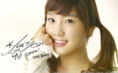 Taeyeon SNSD autograph