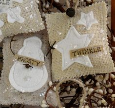 Items similar to French Country burlap Christmas ornaments PDF Pattern - prim ornie tweed wool felt fabric scraps shabby chic primitive on Etsy Country Christmas Ornaments, Burlap Ornaments, French Country Christmas, Burlap Crafts, Xmas Ornaments, Rustic Christmas, Holiday Crafts, Christmas Holidays, Christmas Swags