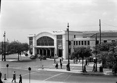 Estação do Cais do Sodré, Lisboa, Portugal   por Biblioteca de Arte-Fundação Calouste Gulbenkian