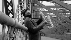 SONNY ROLLINS BRIDGE is a documentary video about saxophonist Sonny Rollins' musical sabbatical on New York's Williamsburg Bridge from 1959-61. The Sonny Rollins Bridge Project is campaigning to rename the bridge to commemorate Rollins' famous sabbatical.  This documentary was filmed on June 13, 2017, on the Williamsburg Bridge, which connects Manhattan and Brooklyn.