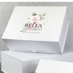 Personalised gift box with a bohemian flower design, gifts for the bridal party. Wedding Hip Flasks, Engraved Wedding Gifts, Wedding Gift Boxes, Personalized Wedding Gifts, Watercolor Wedding, Watercolour, Hen Party Gifts, Wedding Roles, Bohemian Flowers