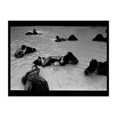 R A I N F O R D A Y S  Image: Jack Picone  #Ayu #ayuperfumeoils #Ayurveda #souq #rain www.theayu.com.au