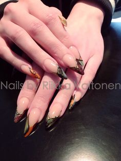 Fall colours, acrylic nails #nails #nailart #stockholm #handpaintednailart