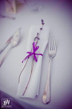 dekoracja serwetek na stole