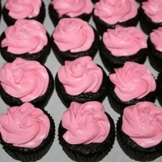 Gluten-Free Chocolate Cupcake Recipe • CakeJournal.com
