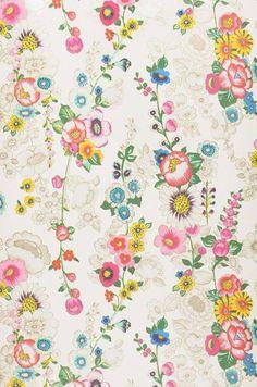 Flowers in whimsy, and we love it! :: Megara | Papier peint chambre | Autres papiers peints | Papier peint des années 70