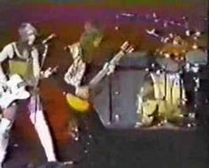 """Mott the Hoople - """"All The Way From Memphis (live)"""" 70s Music, Music Love, Ian Hunter, Mott The Hoople, All The Young Dudes, Glam Metal, Music Pictures, Rock Concert, Rhythm And Blues"""