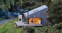 Back Country House by LTD Architectural « Inhabitat – Green Design, Innovation, Architecture, Green Building Accordion Glass Doors, Open House, Tiny House, House 2, Casas Containers, Cabins In The Woods, Cabana, Modern Architecture, Future House