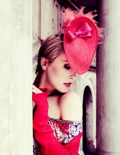 LOve Flame Hand Dyed Straw Feathers in Red and by EllaGajewska, £150.00  photo:Beata Synkiewicz  #red #hat