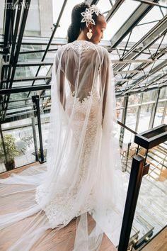 Love in the City chic wedding | ElegantWedding.ca
