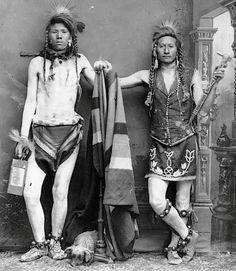 "thebigkelu: ""Nar-orse and Edge-yo-go, Native American (Shoshone) men - 1884 "" Native American Cherokee, Native American Print, Native American Images, Native American Clothing, Native American Beauty, Native American Tribes, Native American History, Indian Pictures, Mexica"