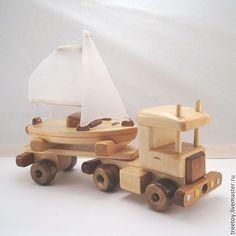 Купить или заказать Машина с яхтой в интернет магазине на Ярмарке Мастеров. С доставкой по России и СНГ. Срок изготовления: до 2х недель. Материалы: дерево, кедр, Дерево кедр, лак…. Размер: 31*9,5*23,5 см Wood Turning Projects, Wooden Projects, Wood Crafts, Wooden Toy Cars, Wood Toys, Wood Games, Toy Bins, Toy Trucks, Handmade Toys