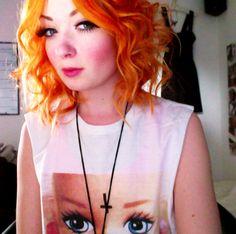 orange curls!
