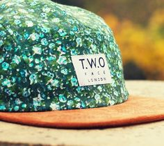 Rad | Casquette Green Floral  TWO  The World's Original Face