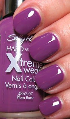 Sally Hansen Xtreme Wear Plum Burst [B28]