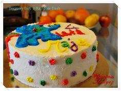 Tęczowy tort z Rainbow Dash http://pikantnaslodycz.blogspot.com/2013/04/teczowy-tort-z-rainbow-dash.html