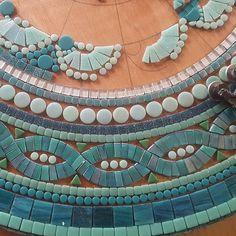 Mosaic Wall Art, Mosaic Glass, Mosaic Tiles, Stained Glass, Mosaic Birdbath, Mosaic Patio Table, Mosaic Coffee Table, Mandala Design, Iridescent Tile