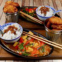 När du väl har gjort den här rätten hemma en gång - då kommer du aldrig mer att beställa den på Kinarestaurangen... Asian Recipes, Ethnic Recipes, Wok, Ramen, Chicken, Meat, Chinese, Beautiful, Pineapple