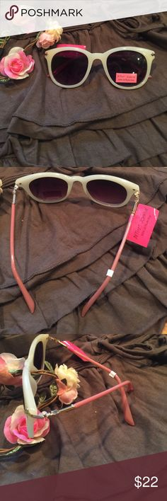 Betsy Johnson Sunnies Super nice Cream color frames with pinky brown side. New with tags. Betsey Johnson Accessories Sunglasses