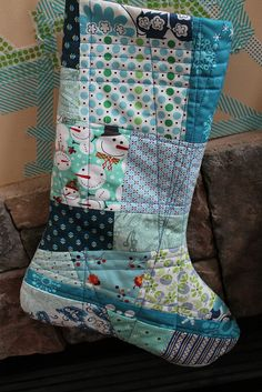 sew: quilt-as-you-go patchwork stocking || imagine gnats