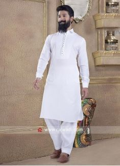 Shop latest Pathani Suits online from India at best price. Buy Latest Mens Pakistani & Afghani Pathani Suit online for Weddings, Engagement, Party & Festival wear. Pathani Suit Men, Pathani Kurta, Gents Kurta Design, Boys Kurta Design, Designer Suits For Men, Designer Clothes For Men, Traditional Indian Mens Clothing, Engagement Dress For Men, Kurta Pajama Men