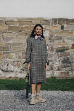 Vogue's edit of the best street style looks from Oslo Fashion Week Hiking Boots Outfit, Best Hiking Boots, Hiking Shoes, Street Style 2018, Street Style Looks, Boots Store, Hiking Fashion, Fashion Week 2018, Cool Street Fashion