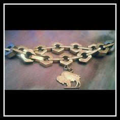 JUST IN VINTAGE NICKEL SILVER BUFFALO BRACELET Vintage!! Gorgeous and Unique!! Nickel Silver chunky chain link buffalo charm bracelet!! Vintage Jewelry Bracelets