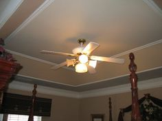 Moulding detail inside tray ceiling